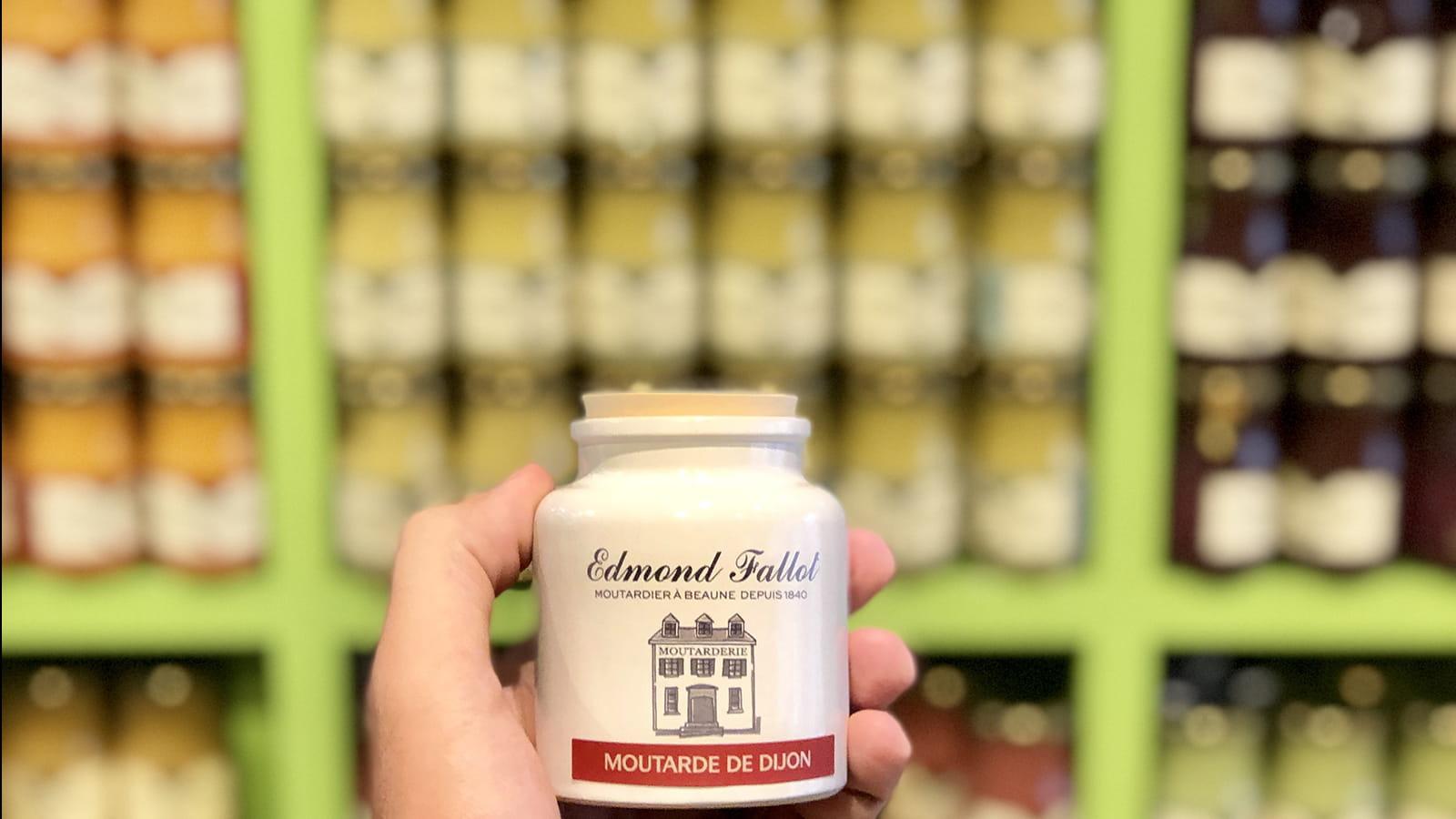 Moutardes à la boutique Fallot à Dijon