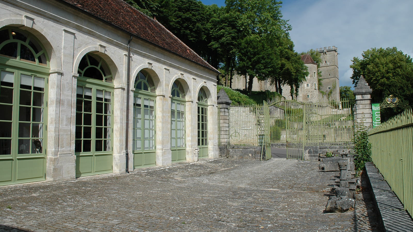 Entrée du musée Buffon