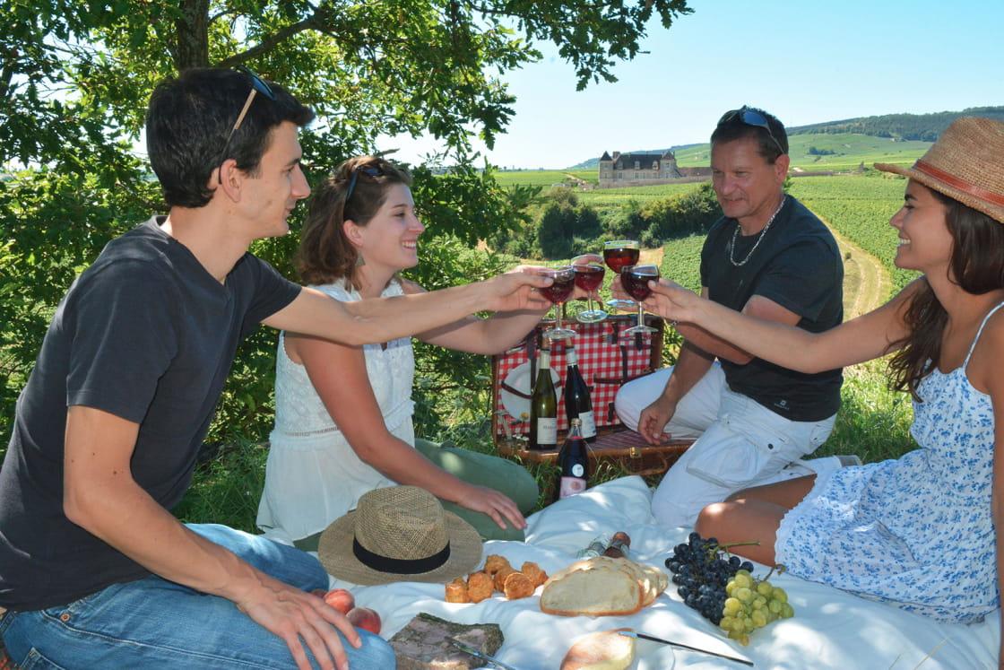 Pique-nique dans les vignes du Château de Clos de Vougeot