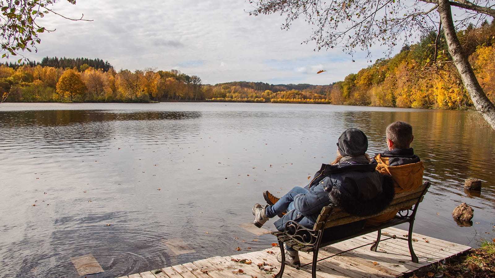 Lac de Chamboux en automne